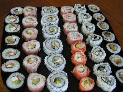 http://japon.pordescubrir.com/wp-content/uploads/2008/07/sushi.jpg