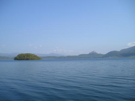 lago-toya.jpg